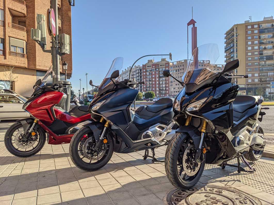 Honda Forza 750 velocidad maxima precio caracteristicas tecnologia prueba accesorios